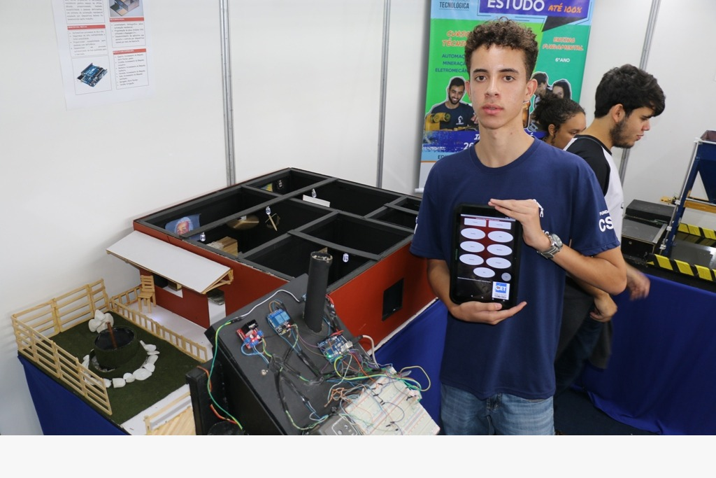 Casa automatizada dos alunos do CET para o Congonhas For Science